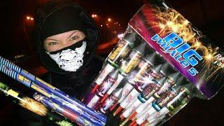 Взрываем Новогоднюю Пиротехнику | Салют Фонтан Блиц Римская свеча Ракета