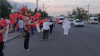 Акция в поддержку Анатолия Шария на центральном мосту. Днепр. Боря верни мост людям.
