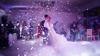 Тяжелый дым и конфетти на свадьбу