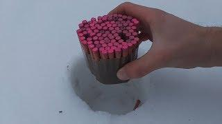 EXPERIMENT 200 FIRECRACKERS put in SNOW  What's inside,Фейерверки