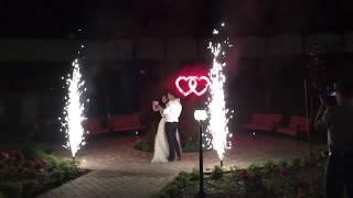 шоу огня Прометей пиротехнические сердца холодные фонтаны и салют