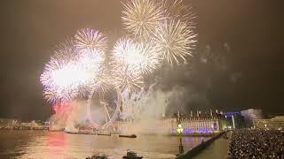 London sees in 2019 with pro-Europe fireworks