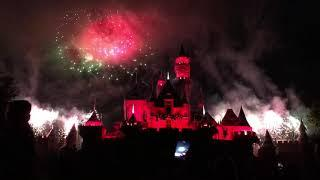 "DISNEYLAND 2018-2019 ""Believe... In Holiday Magic"" Fireworks Spectacular"