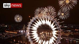 London welcomes in 2019 with stunning fireworks display