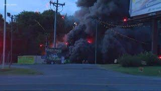 Huge fire burns at Fort Mill fireworks store