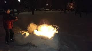 Я со своими друзьями взрывом запускаю самодельный фонтан и я сделал его сам