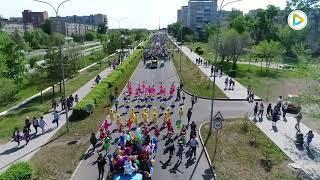 Шествие колонны учащихся школ, учебных заведений города Степногорск