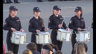 Барабанщицы МВД. Репетиция парада/Drummers