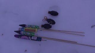 ВЗРЫВАЕМ ПЕТАРДЫ   Тест петард + ракеты на снегу   Моя пиротехника