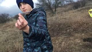 Взрываем Петарды в поле часть 3+взрываем телефон