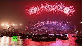 Новый год шагает по планете: праздничные салюты в Австралии и Китае