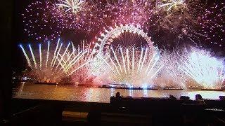 London, UK New Year's Eve Fireworks 2019 - Happy New Year 2019 Celebrations