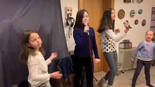 «Новогодние игрушки свечи и хлопушки» Milany Z. 3я репетиция