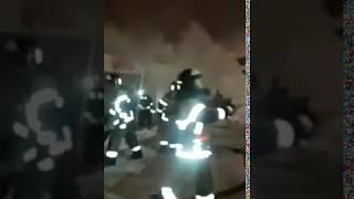 """Тушение пожара в магазинах """"Впрок"""" и """"Фейерверки"""" в Набережных Челнах"""