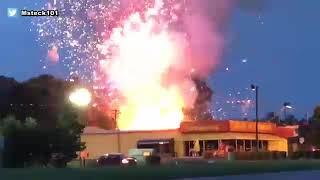 Blaze ignites fireworks at store in South Carolina I ABC7
