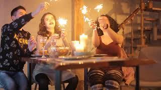 Бенгальские огни  на новый год у Сережи