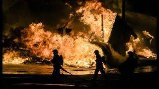 AWAS!! GEDUNG TINGKAT 8 PONOROGO DISERANG FIREWORKS NYA PAK IPONG!!