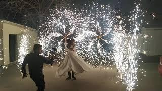 Пиротехнические вертушки СОЛНЫШКО и холодные фонтаны в Ростове, ресторан Фаворит