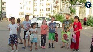 Начался Рамазан. Дети пошли за конфетами
