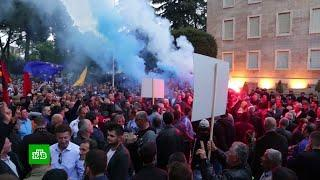 Антиправительственные митинги в Албании обернулись штурмом парламента