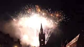 Renfrew Town Hall - Lights & Fireworks 2018 [4K/UHD]