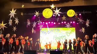 Финал и С днем рождения (все группы, родители,  А.Т.Трилистские, В.Картавченко, шары, хлопушки)