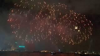 6/2/2019 香港猪年年初二新春烟花匯演 Hong Kong Chinese new year fireworks