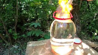 Бенгальские огни против банки с водой. Что будет?