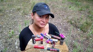 Девушка Пироманка |  Взрываем мощные петарды в деревьях и банках