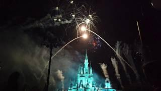 Mickey's Very Merry Christmas Fireworks Show 2018 - DJI Osmo Pocket