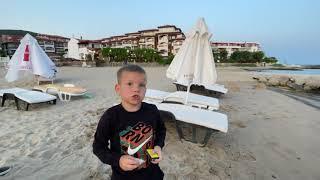 Детские безопасные петарды Чесночок обзор. Тестируем на Пляже. Ivan KID. Хлопушки Обзор